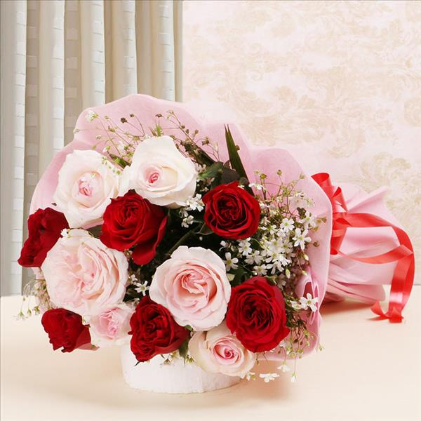 Buy Lovely Roses Bouquet Delivery In Lucknow Order Lovely Roses